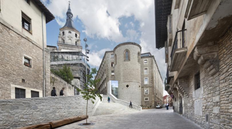 Mejora de la accesibilidad al Centro Histórico de Vitoria-Gasteiz   Premis FAD 2015   Ciudad y Paisaje