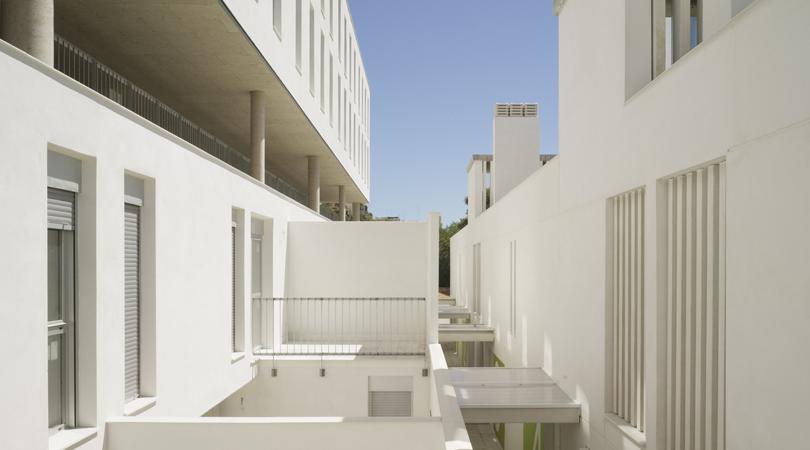 Casa cuartel de la guardia civil en oropesa del mar | Premis FAD 2012 | Arquitectura