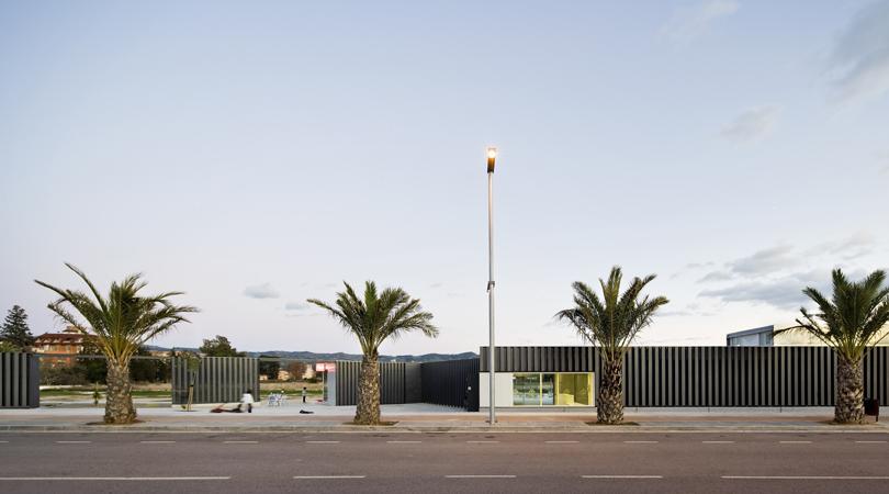 Piscines, vestuaris i sala poliesportiva | Premis FAD 2012 | Arquitectura