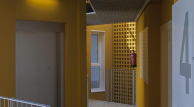 Edifici de 20 habitatges protegits al carrer ciutat de granada 44 de barcelona   Premis FAD 2015   Arquitectura
