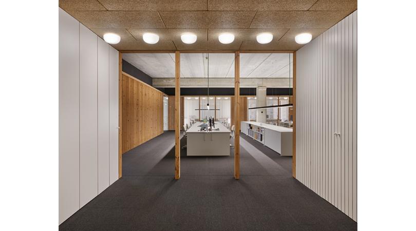M&r precision parts headquarters   Premis FAD 2020   Interiorismo