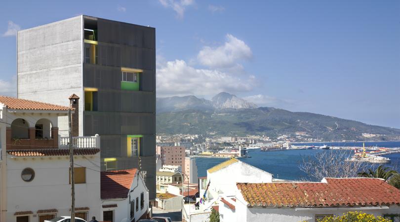 Viviendas sociales y de realojo en el monte hacho | Premis FAD 2011 | Arquitectura