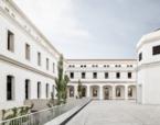 Rehabilitació integral de la caserna de la Guàrdia Urbana. Nou Barris. Barcelona (rehabilitació façanes + nou equipament) | Premis FAD  | Arquitectura