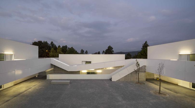 Escola Básica e Secundária de Sever do Vouga | Premis FAD 2013 | Architecture