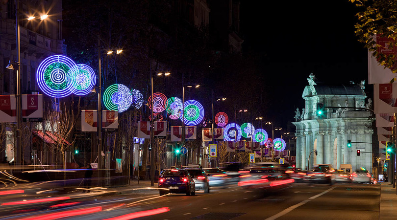 Christmas lights at the serrano street | Premis FAD 2014 | Intervenciones Efímeras