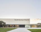 Reforma interior i cobriment pista exterior annexa del Pavelló Municipal d´Esports de Vila-Seca | Premis FAD 2018 | Architecture