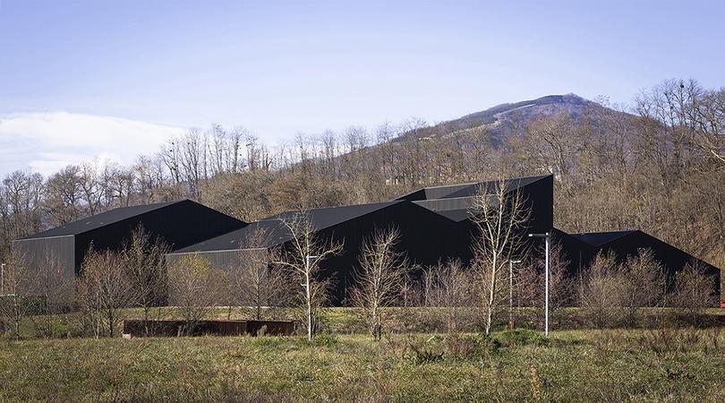 Pharmaceutical factory | Premis FAD 2018 | Arquitectura
