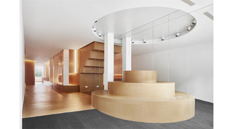 Interiorismo de tienda de calzado | Premis FAD 2017 | Interiorisme